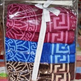 Фото  товара Метровые велюровые полотенца версаче